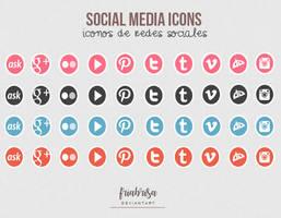 Social media icons psd by friabrisa