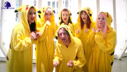 Cosplay Gif + Video: Pokemon Pikachu Group Action by Edenfilms