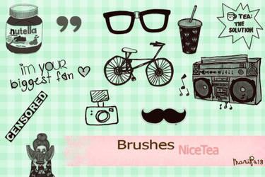 Brushes Nice Tea by MariiPs18