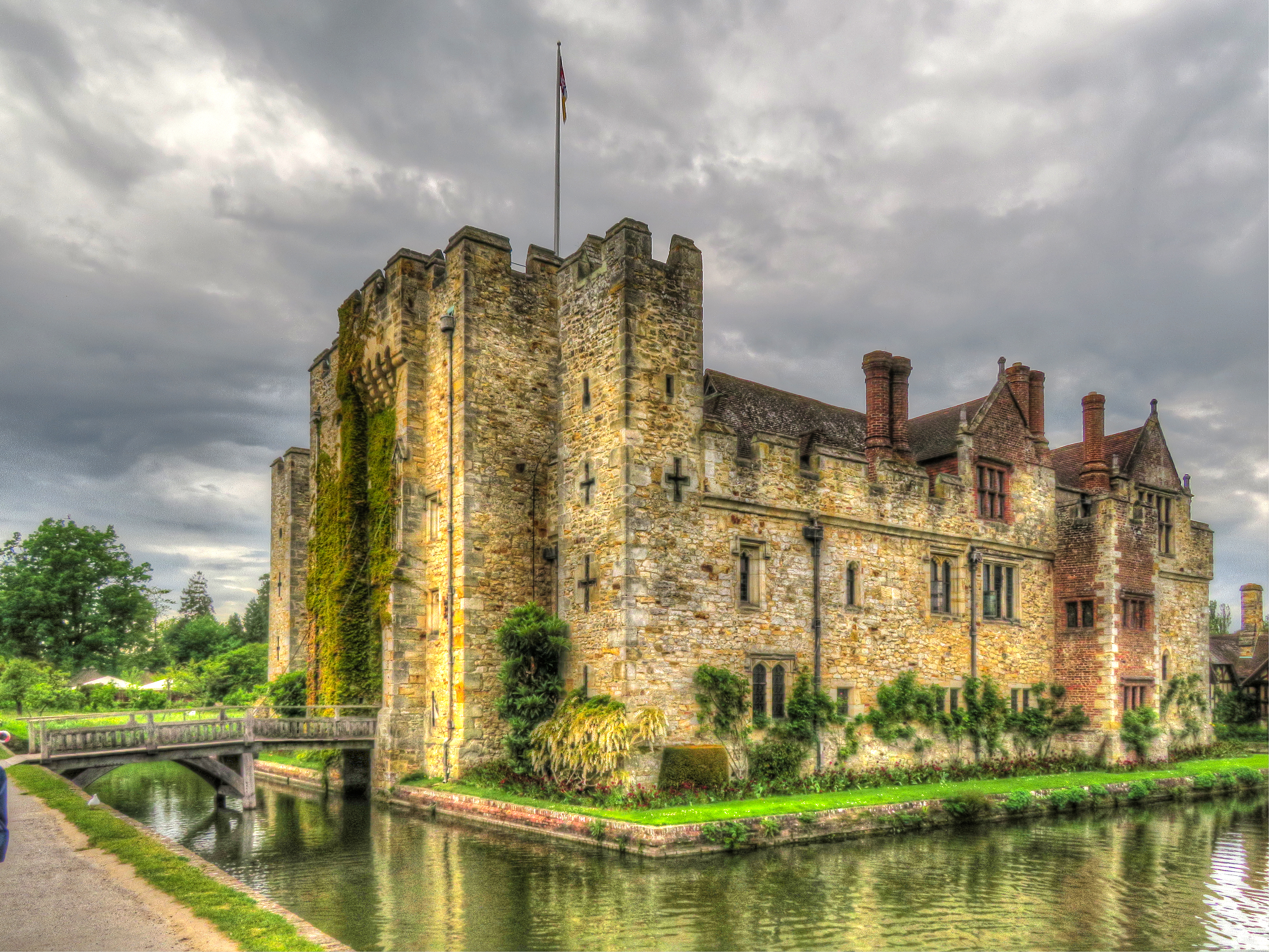 Hever Castle 1 by supersnappz16