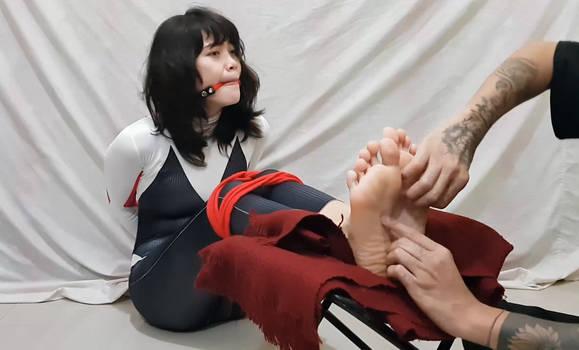 Spidergwen Gumroad Tickle Video!