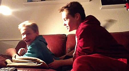 boy tickled by xxxchaostrooperxxx