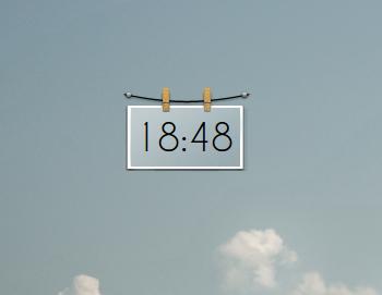 Simple Clock by Bliezkrieg