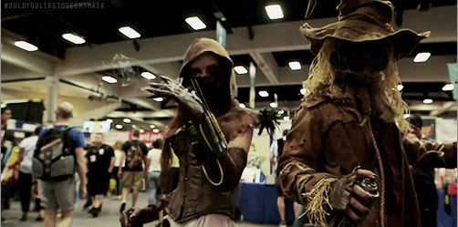 Scarecrow and Becky Albright gif