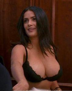 Salma hayek sexy boobs