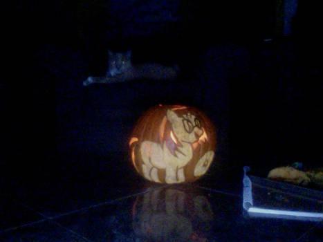 Vinyl Scratch Pumpkin Carving