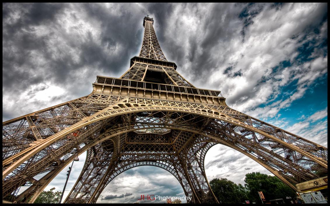 Paris - Eiffel Tower V WP by superjuju29
