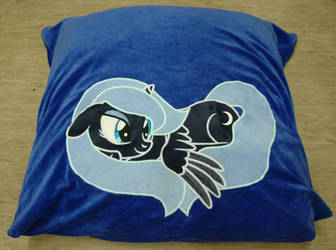 Luna Pillow Case, she closes her Eyes in the Dark