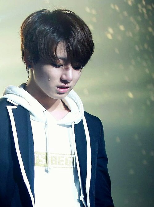 Love is Not Over ( A BTS / Jungkook fic) by shyorihamada on