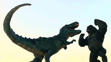 Kong and Tyrannosaurus