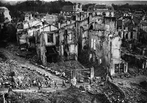 Verdun (zhidkovv, Ddraigtanto, and AMCAlmaron)
