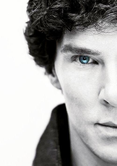 Sherlock: Sherlock X Reader|| Ice Blue by An-average-writer