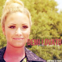 +Pack Candids HQ: Demi Lovato