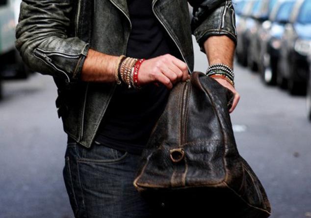 Duffel Bags by zobellostore