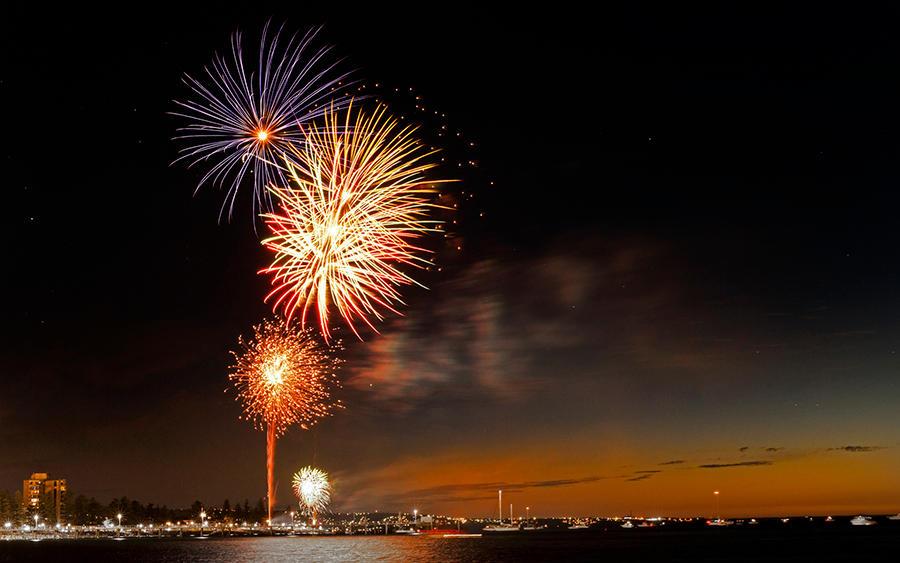 Fireworks 2011 by heeeeman