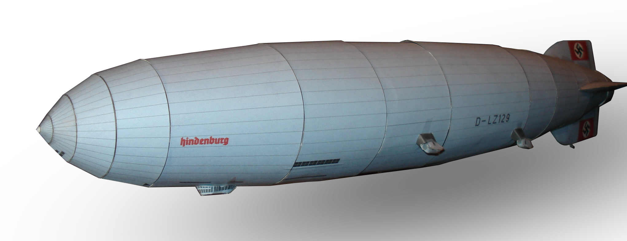 LZ 129 Hindenburg Airship paper model by RocketmanTan