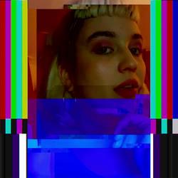 It me glitchy by Vesperexa