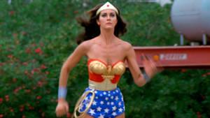 Wonder Woman Outdoors 04