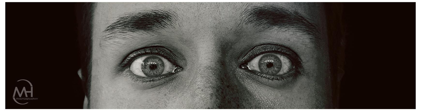 Monochrome eyes