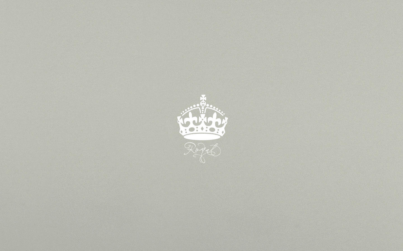 Royal Crown Wallpaper Crown royal by trickd123Queen Crown Wallpaper