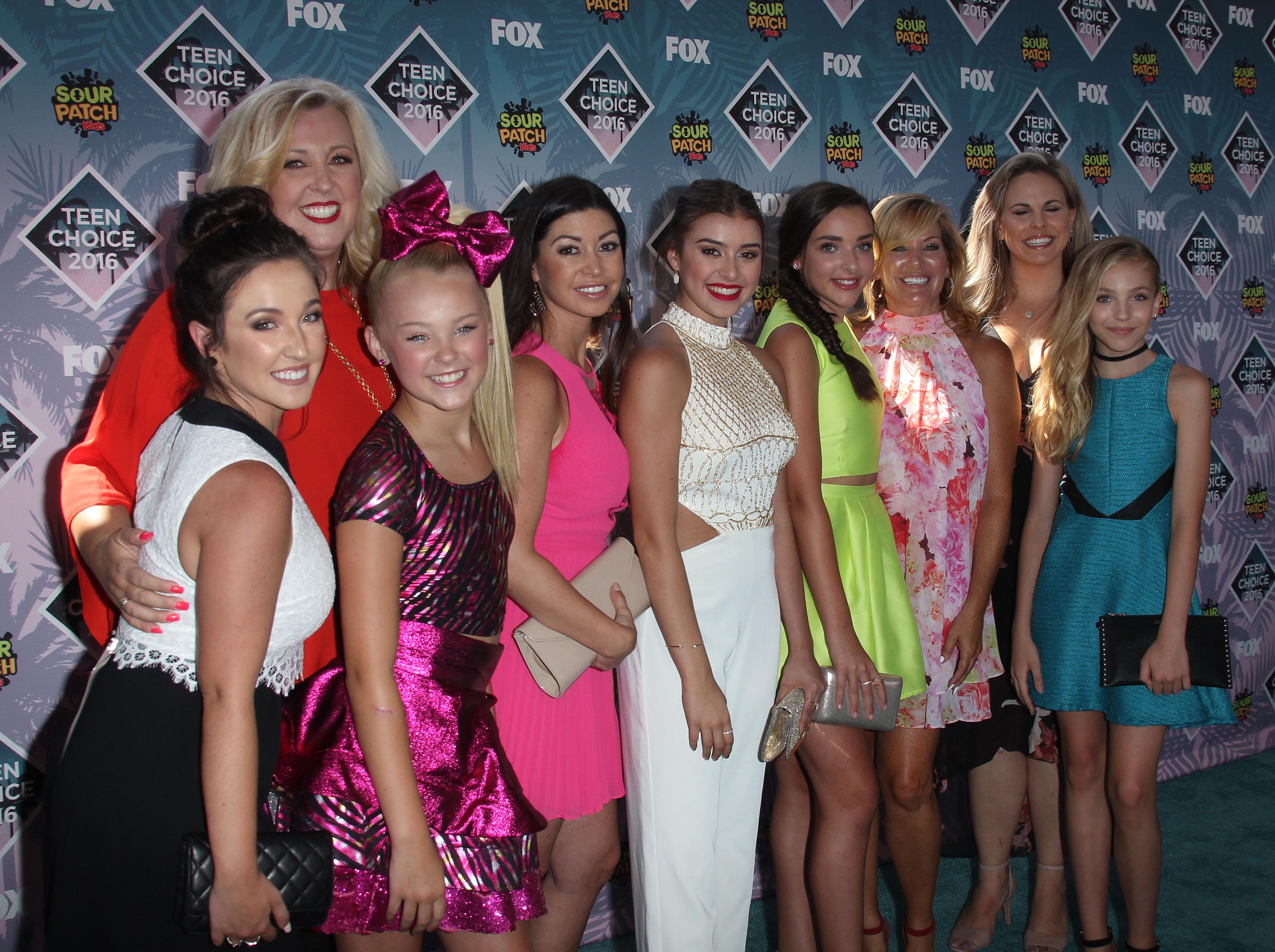 Teen Choice Awards 2016 Dance Moms By Dancemomsgallery