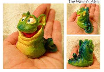 Little Slug Critter by TheWitchsAttic