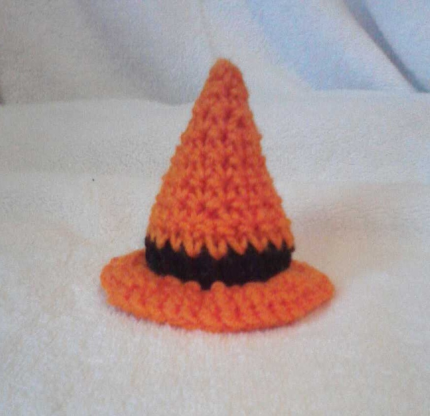 Crochet Mini Witch Hat pattern by LilliM00 on DeviantArt