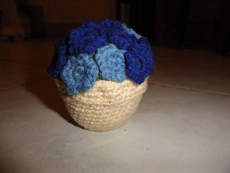 Amigurumi Potted Plant by ViraMors