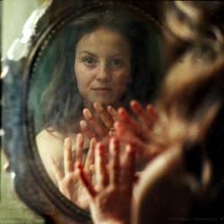 feeling her reflection... by EmilyaManole