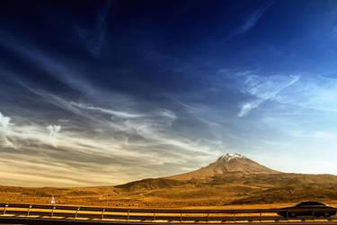 Hasan Mountain by woraz
