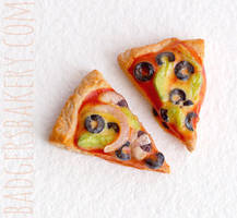 Custom pizza charms by BadgersBakery