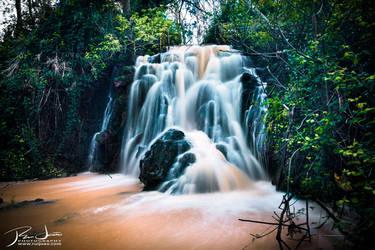 Quinta de Alcube waterfall by ruijoao
