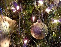 Christmas Light by Lady-Kelaria