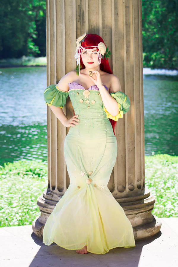 Ariel by Auris-Lothol