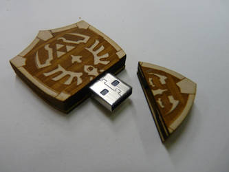 Hyrule Shield USB by zantaff