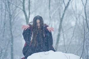 Winter witch by erynrandir