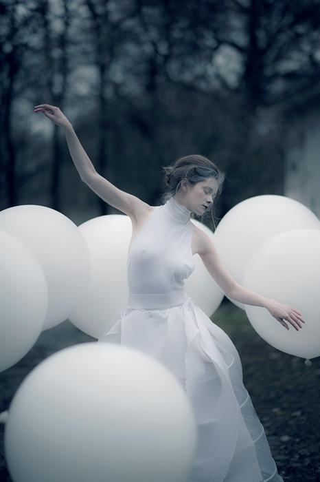 White on white by erynrandir