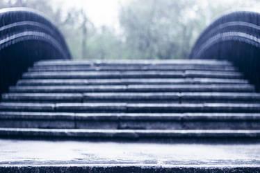 falling rain by erynrandir