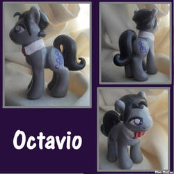 Octavio by Miwa-MooCow
