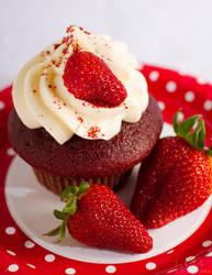 Red_Velvet_cupcake (II) by xxgatxx