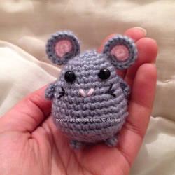 Cute little mouse amigurumi by GehadMekki