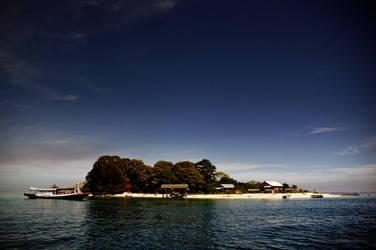 Samalona Island by nrprtm