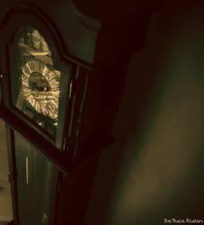 Clock by SleepyKittenz