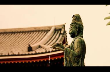 Guan Yin - the Kanzeon by jyoujo