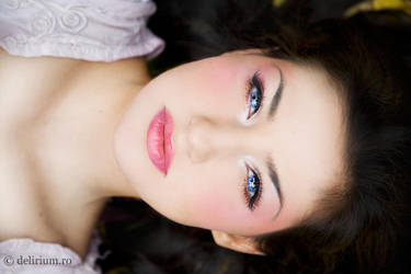 Snow White's Close-up by WildRainOfIceAndFire