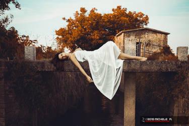 Lady in White by VertigoZX