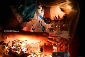 Drink me - Alice in Wonderland by kirawinter