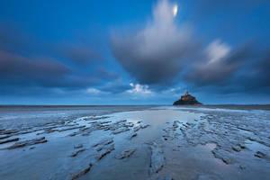 Mont Saint-Michel Moonlight by TobiasRichter