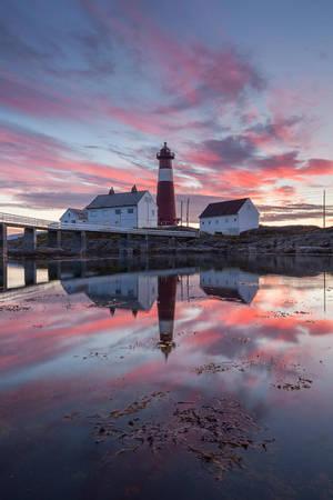 Tranoy Lighthouse by TobiasRichter