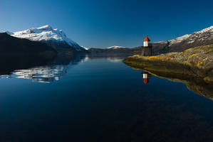 Fjords and the lighthouse by ronnysol76